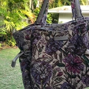 Vera Bradley Glenna satchel in Lavendar Meadow